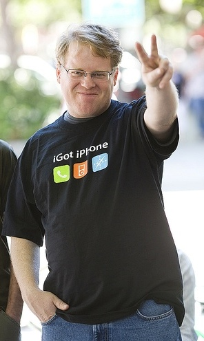 Robert Scoble (separated at birth from his twin, Phillip Seymour Hoffman) (Photo found on Donna Bogatin's blog.)